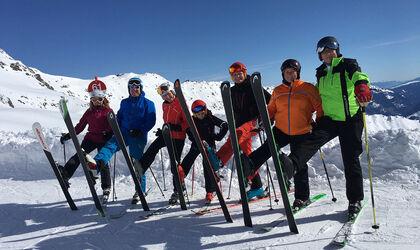 Ski Opening - Leo & Friends